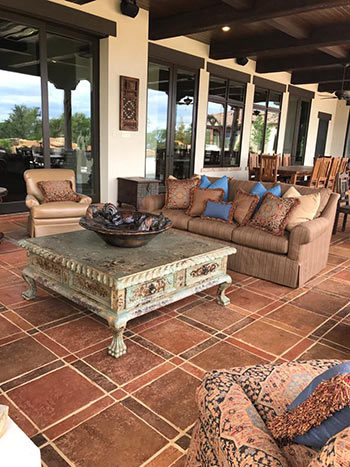 This Hacienda-style outdoor patio features our Heritage terracotta tile